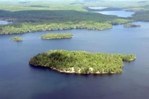 Norahs Island Kennisis Lake